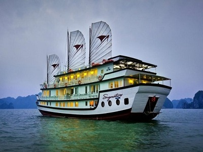 Halong Bay | Deluxe Cruises